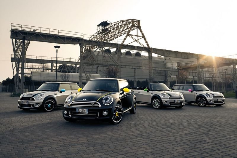 2012 MINI Clubman Ray Line
