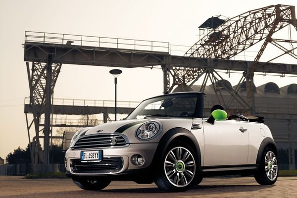 mini cooper cabrio ray line picture