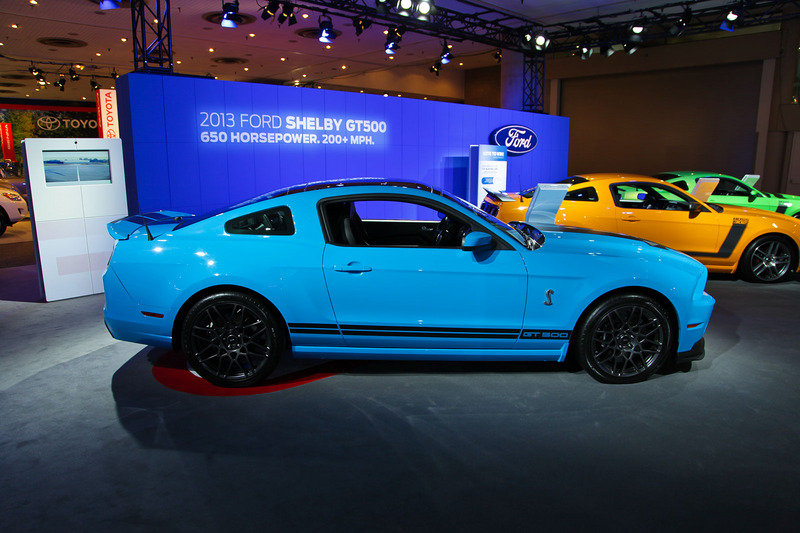 2013 Ford Mustang Shelby GT500 Exterior AutoShow - image 447983