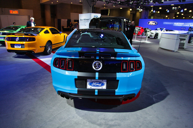 2013 Ford Mustang Shelby GT500 Exterior AutoShow - image 447985