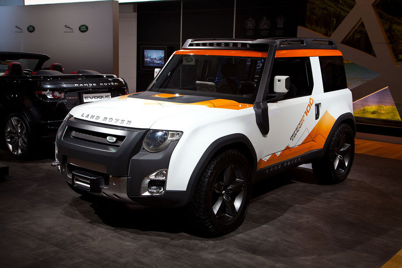 https://pictures.topspeed.com/IMG/crop/201204/land-rover-dc100-exp-8_800x0w.jpg