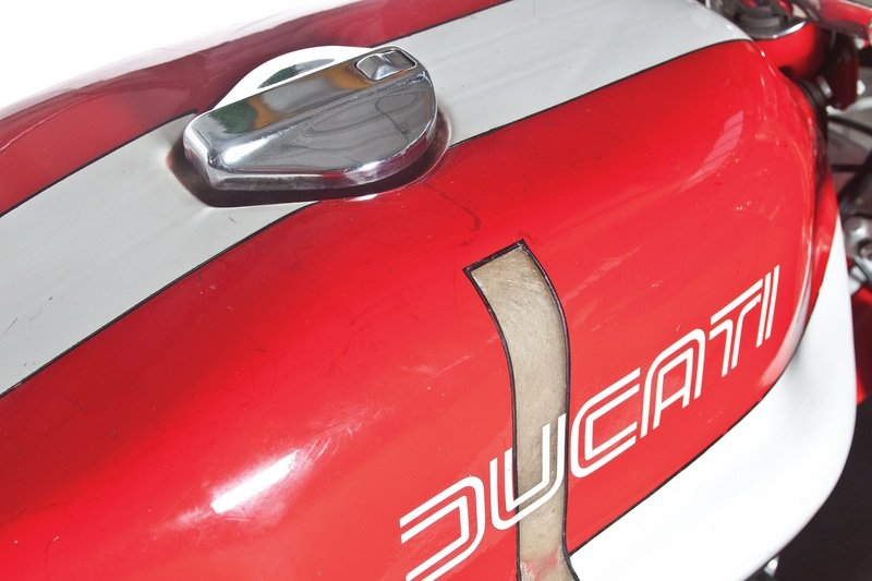 1974 Ducati 750 SS Corsa Emblems and Logo Exterior - image 454102