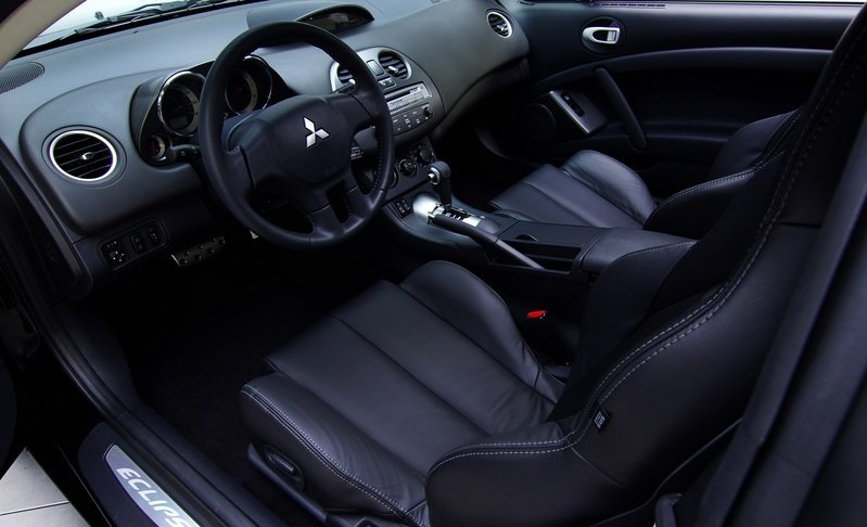 2012 Mitsubishi Eclipse SE Final Model Interior - image 456075
