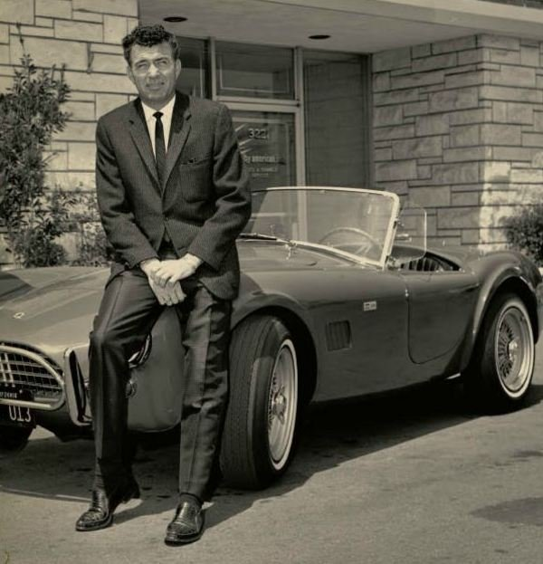 http://www.topspeed.com/cars/car-news/carroll-shelby-the-life-of-a-legend-ar129467/picture454847.html