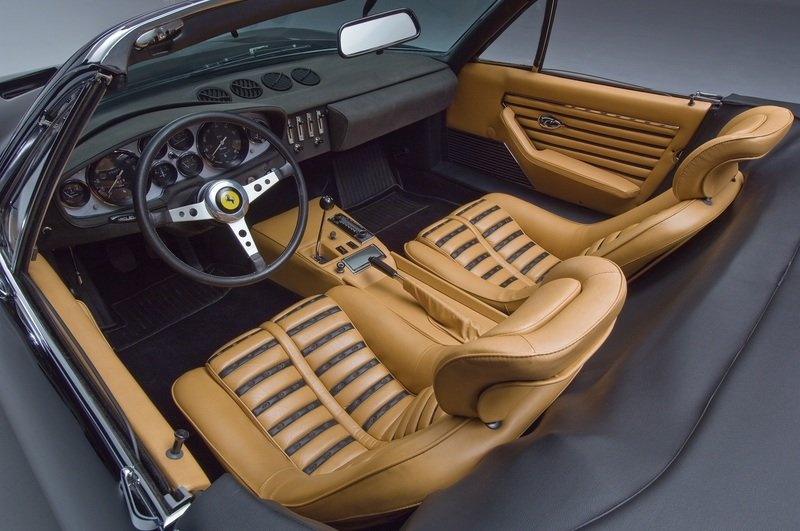 1971 Ferrari 365 GTS/4 Daytona Spyder High Resolution Interior - image 453053