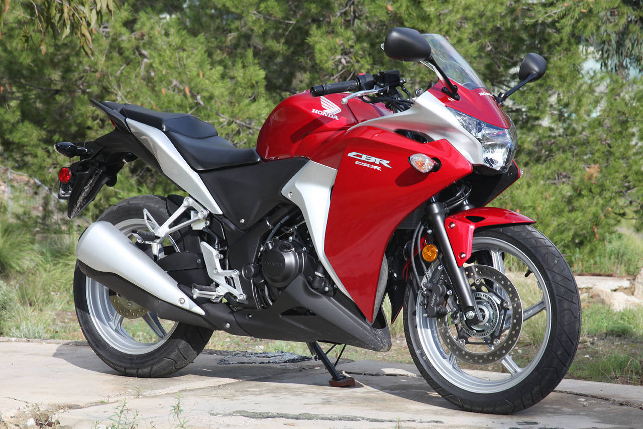 2012 honda cbr 250r picture 457079 motorcycle review for Honda cbr250r top speed