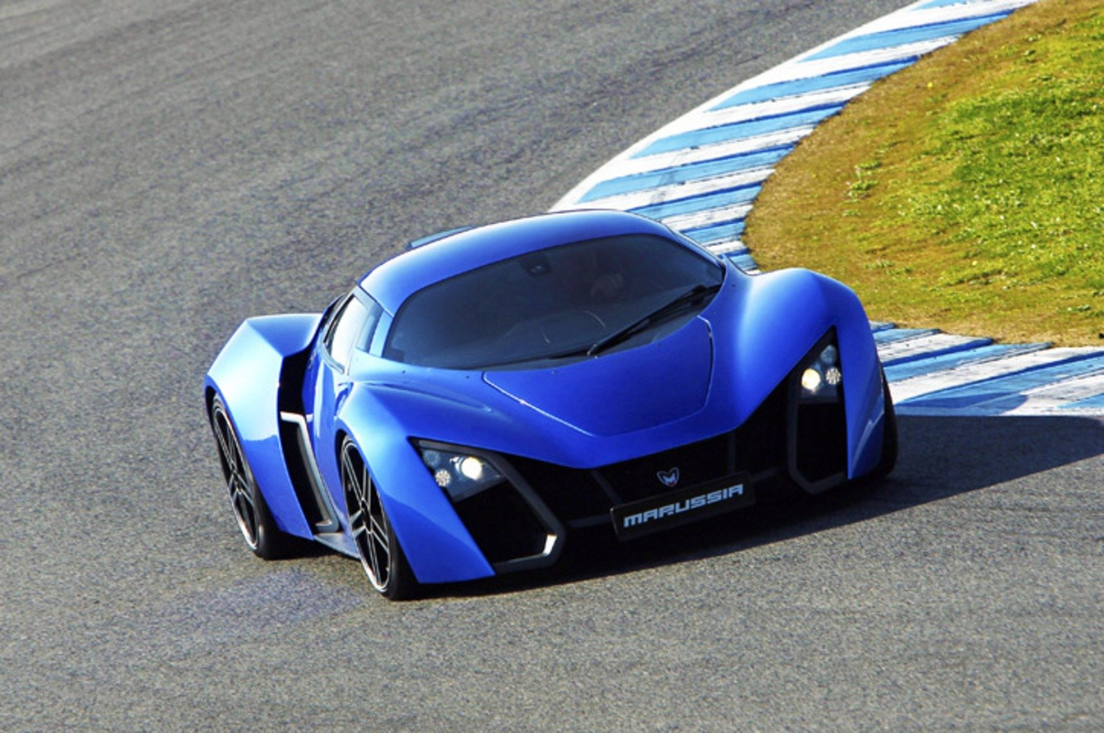 2012 Marussia B2 Review - Top Speed