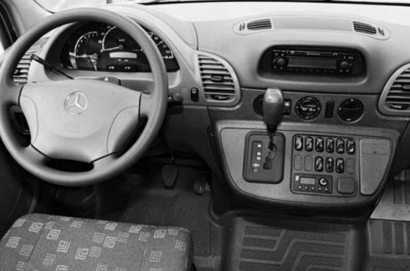 1995 - 2006 Mercedes Sprinter Interior - image 462020