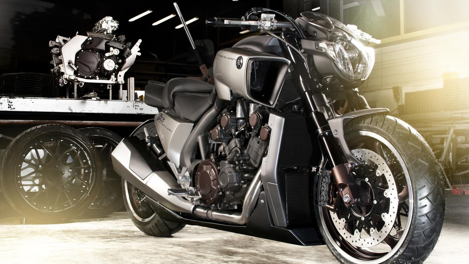 2011 Yamaha V MAX Hyper Modified By Ludovic Lazareth