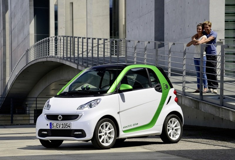 2013 Smart Fortwo electric drive Exterior - image 461447