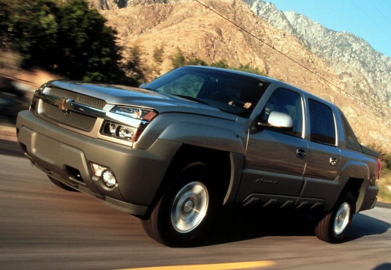 2001 - 2006 Chevrolet Avalanche Exterior - image 467348
