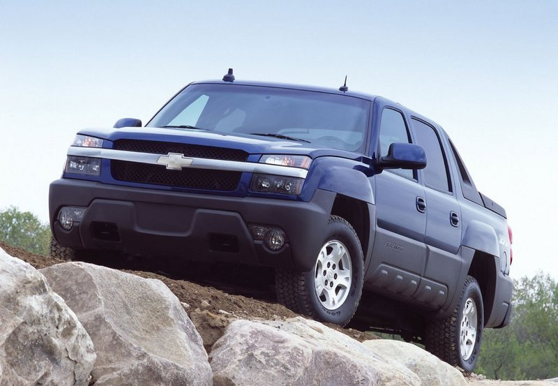 2001 - 2006 Chevrolet Avalanche Exterior - image 467350