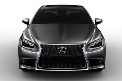 Is this the 2013 Lexus LS?