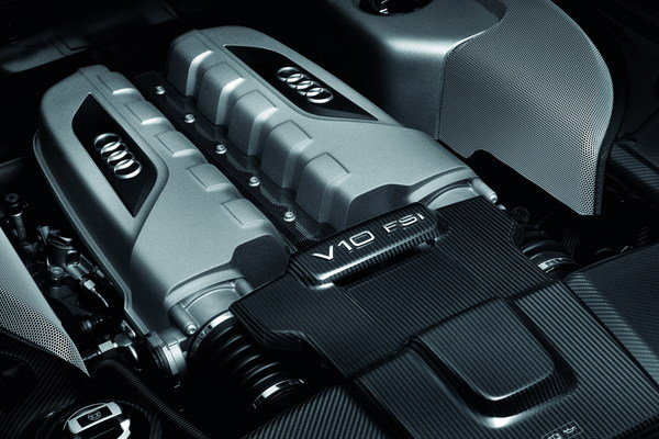 audi r8 and motor - photo #22