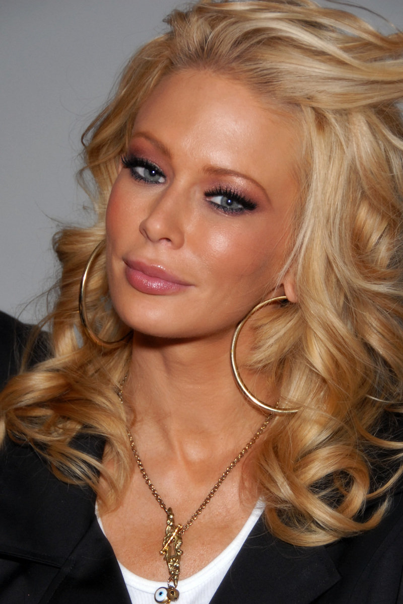 Jenna Jameson in Hot Water Over a Leased Quattroporte