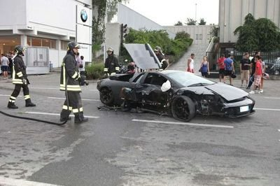 Lamborghini Murcielago crashes into BMW dealership destroying 8 motorcycles