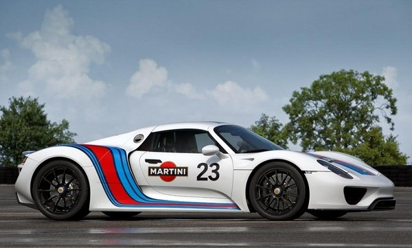 2013 porsche 918 spyder martini racing prototype car review top speed. Black Bedroom Furniture Sets. Home Design Ideas