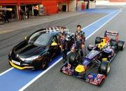 2012 Renault Megane RS Red Bull Racing Edition - image 464829