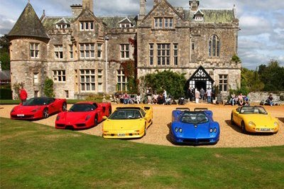 Supercars Unite for a U.K. Bank Holiday
