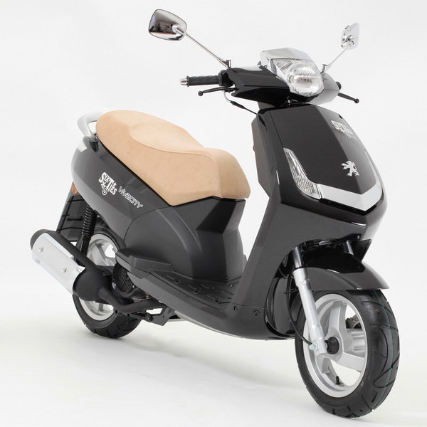 2012 peugeot vivacity 3 125 sixties motorcycle review. Black Bedroom Furniture Sets. Home Design Ideas