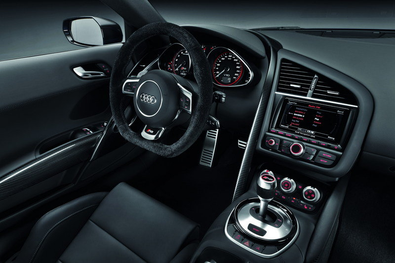 2014 Audi R8 V10 Plus Interior - image 470599