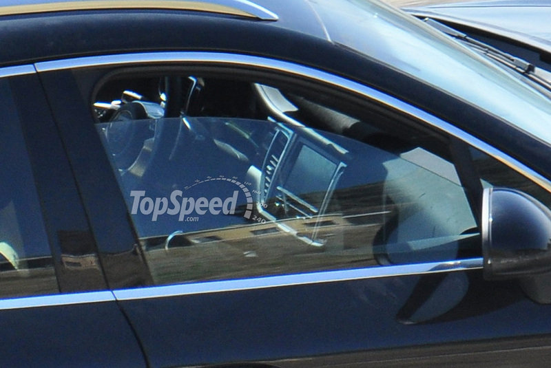Spy Shots: Take a glimpse at the Porsche Macan's interior