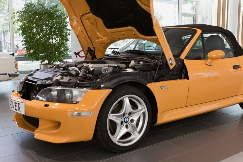 BMW Shows Off the Z3 V-12 That Never Was