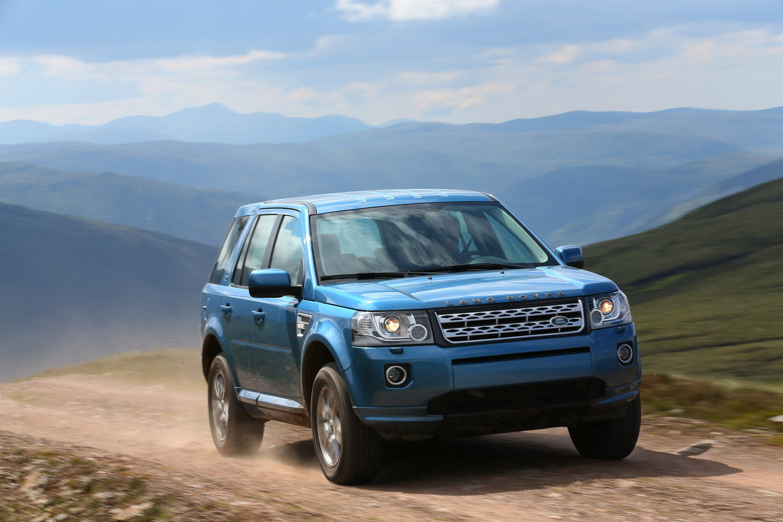 2013 land rover freelander 2 review top speed. Black Bedroom Furniture Sets. Home Design Ideas