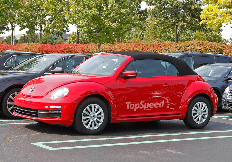 Spy Shots: Volkswagen Beetle Cabrio Flashes its Skin and More of those Fake Stickers
