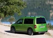 2013 Volkswagen Cross Caddy - image 473635