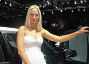 Car Girls of the 2012 Paris Auto Show - image 475491