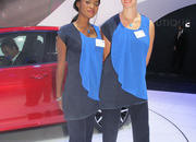 Car Girls of the 2012 Paris Auto Show - image 475602