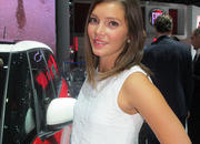 Car Girls of the 2012 Paris Auto Show - image 475492