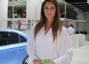 Car Girls of the 2012 Paris Auto Show - image 475613