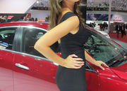 Car Girls of the 2012 Paris Auto Show - image 475652