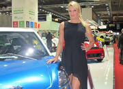 Car Girls of the 2012 Paris Auto Show - image 475669