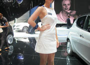 Car Girls of the 2012 Paris Auto Show - image 475509