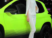 Car Girls of the 2012 Paris Auto Show - image 475546