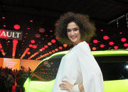 Car Girls of the 2012 Paris Auto Show - image 475548