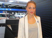 Car Girls of the 2012 Paris Auto Show - image 475554
