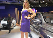 Car Girls of the 2012 Paris Auto Show - image 475488