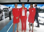 Car Girls of the 2012 Paris Auto Show - image 475582