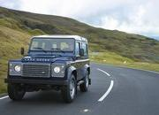 2013 Land Rover Defender - image 471000