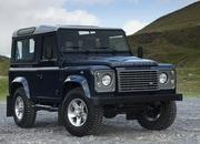2013 Land Rover Defender - image 471001