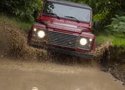 2013 Land Rover Defender - image 470988