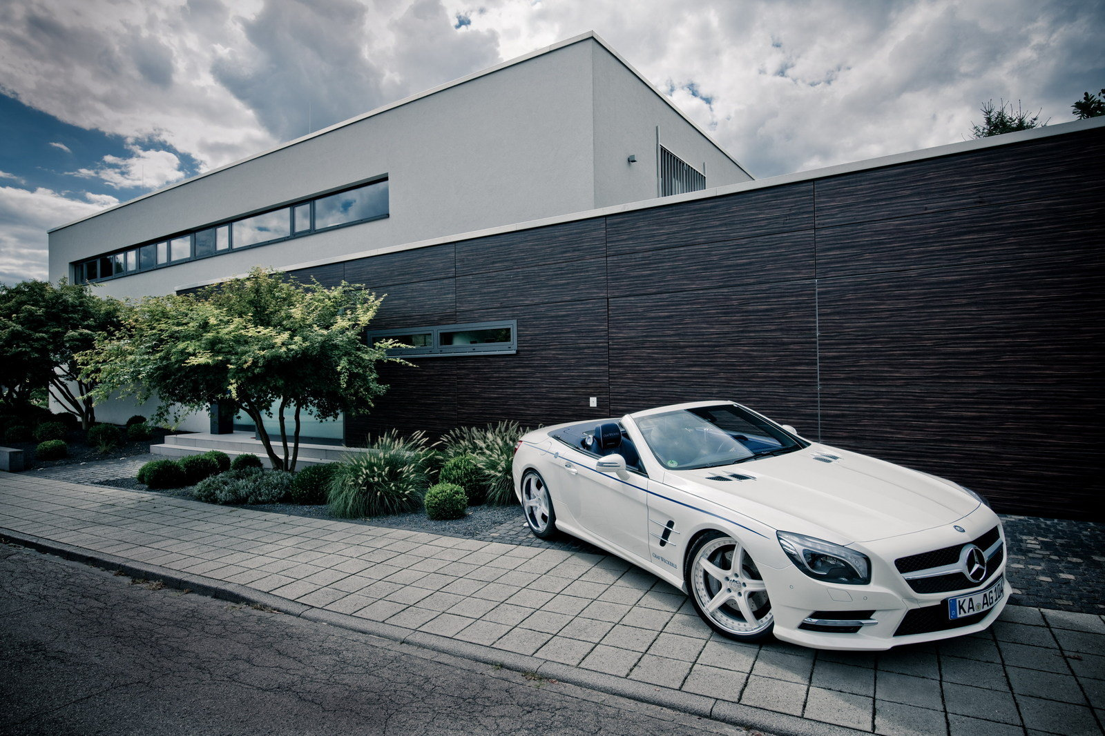 2013 mercedes benz sl maritime by graf weckerle picture for Maritime motors used cars