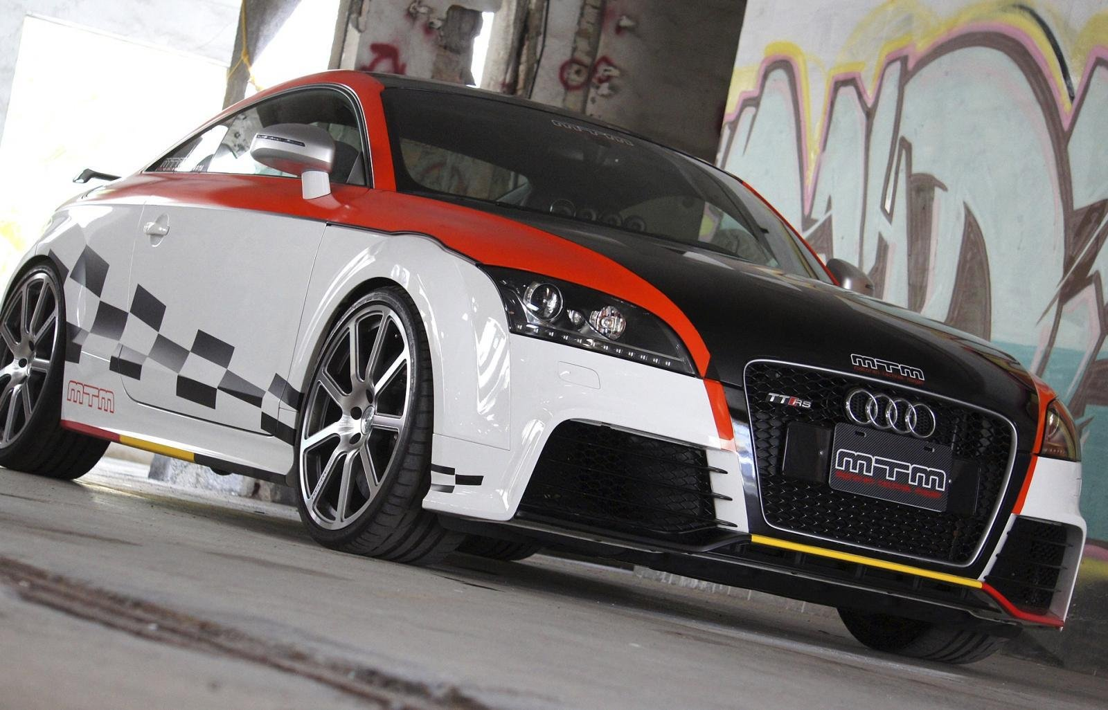 2011 audi tt rs by mtm taiwan review top speed. Black Bedroom Furniture Sets. Home Design Ideas