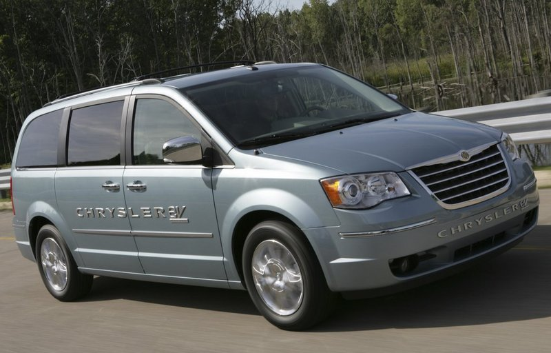 2011 Chrysler Town & Country EV