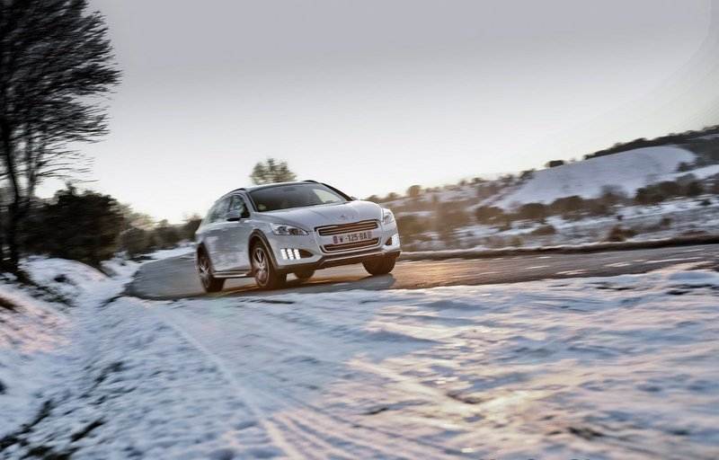 2012 Peugeot 508 RXH High Resolution Exterior - image 477010