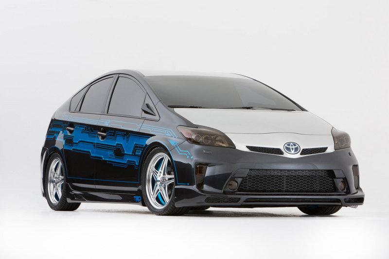 "2013 Toyota ""Tekked-Out"" Prius by Clint Bowyer"